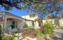 Plan de la Tour campagne- Pretty provençal nestled on the hill with swimming pool and beautiful views.