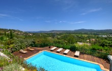 Grimaud - Superb sea view house with pool in a gated secure domain.