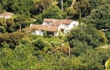 Grimaud –- A Vendre - Villa provençale proche du village medieval